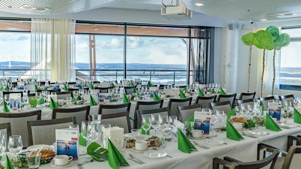 Upea maisematila Hotel Levi Panoramassa sopii suurillekin juhlille ja tapahtumille.