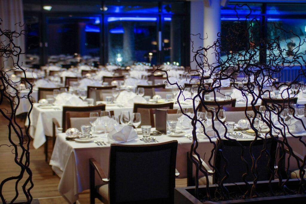 Upea ja tunnelmallinen maisematila Hotel Levi Panoramassa sopii suurillekin juhlille ja tapahtumille.