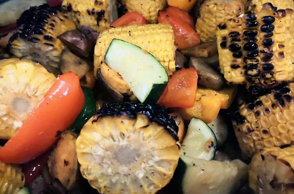 Ravintola grillattuja kasviksia Levillä.